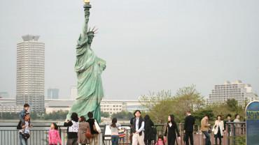 お台場の自由の女神像